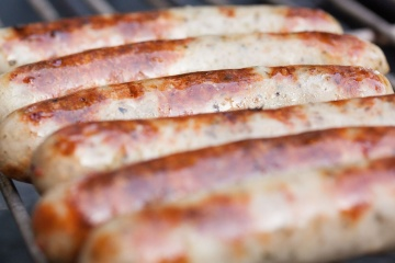 Thick Pork Sausages with Cider Sauce
